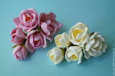 Купить Заколка - зажим с фрезией - разноцветный, фоамиран, цветы из фоамирана, пластичная замша, фрезия
