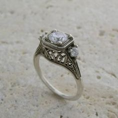love this old ring