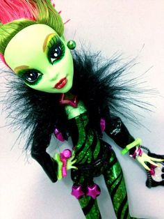 "OOAK Monster High Venus Mcflytrap ""Roxx Starr"" Doll Outfit Accessories   eBay"