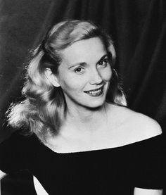 Eva Marie Saint, premio Oscar 1955 per Fronte del porto di Elia Kazan Hollywood Actor, Hollywood Stars, Hollywood Actresses, Hollywood Glamour, Eva Marie Saint, Female Actresses, Actors & Actresses, Classic Actresses, Vintage Hollywood