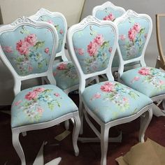 Check out the webpage to learn more about Shabby chic spaces Shabby Chic Mode, Shabby Chic Kitchen, Shabby Chic Cottage, Shabby Chic Style, Shabby Chic Decor, Upcycled Furniture, Shabby Chic Furniture, Vintage Furniture, Cool Furniture