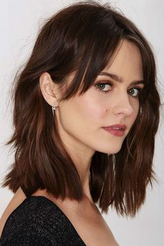 Space Oddity Lightning Bolt Earrings Shop Accessories at Nasty Gal! Short Bob Hairstyles, Summer Hairstyles, Hair Day, New Hair, Medium Hair Styles, Short Hair Styles, Medium Short Hair, Hair Lengths, Hair Trends
