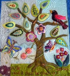wool applique embroidery workshop by Wendy Williams (July, Motifs Applique Laine, Wool Applique Quilts, Wool Applique Patterns, Wool Quilts, Wool Embroidery, Felt Applique, Quilt Pattern, Motifs D'appliques, Sewing Art
