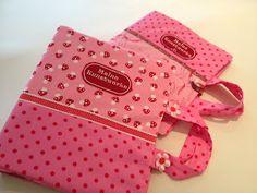♥ Luusmeitlifashion ♥: Eine Ordnerhülle zum tragen ist eine praktische Sache hier findet ihr meine Anleitung kostenlos DIY Ordner nähen Geschenkidee http://www.muggelchens-kuschelwear.blogspot.ch/2012/09/ordnerhulle-zum-tragen.html