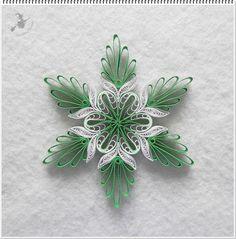 Zöld - fehér karácsonyfa dísz.