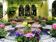 moroccan garden #Moroccan #retreat #exotic #warm #hot #garden #tropical #outdoors #home #yourhomemagazine #Morocco