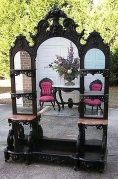 victorian furniture Black-and-white Home Furniture Trends Victorian Furniture, Victorian Decor, Victorian Homes, Antique Furniture, Cool Furniture, Painted Furniture, Modern Furniture, Rustic Furniture, Furniture Online