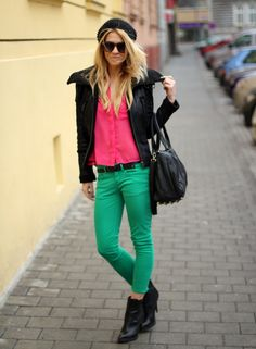 love the pink top and green skinnies; one of my fave color combos