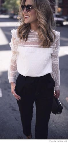 Beautiful white top, black pants and accessories, love all the elements