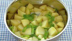 Hjemmelaget potetmos i en fei - Rask - Oppskrifter - MatPrat Honeydew, Cantaloupe, Pesto, Mashed Potatoes, Meal Planning, Favorite Recipes, Meals, Fruit, Ethnic Recipes