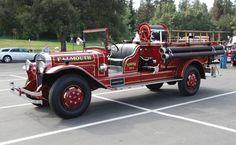 1930 Ahrens-Fox 500 GPM Model V Fire Engine....