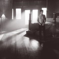 TVD. Even his room is sexy. Damon Salvatore is perfect. The Vampire Diaries. Ian Somerhalder.