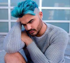 "6,754 Me gusta, 157 comentarios - Alex Faction (@alexfaction) en Instagram: ""Bleu de Factión 💙 HUGE shoutout to @hairgod_zito for my color and @philipwolffhair for my cut I'm…"""