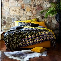 Kip and Co Bed linen. Feathers, spots and bananas...who would have thougt that they look so brilliant together