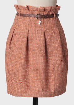 Tweed skirt - Chic Dresses and beautiful Skirts Pretty Outfits, Cute Outfits, Modest Fashion, Fashion Outfits, Tweed Skirt, Mode Hijab, Elegant Outfit, Skirt Outfits, African Fashion