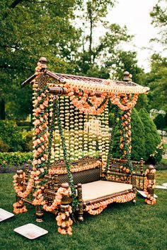indian wedding decor colorful inspiration ideas In our understanding of the classic wedding is changing! Newlyweds prefer to organize more intimate and fun wedding events instead of formal weddi Desi Wedding Decor, Wedding Stage Decorations, Wedding Mandap, Wedding Events, Wedding Chairs, Night Wedding Decor, Wedding Ideas, Indian Wedding Receptions, Church Wedding