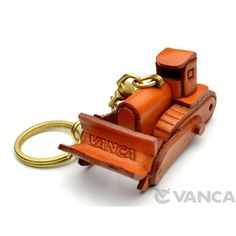 Genuine Leather Bulldozer Leather Keychain(L) is made by skillful craftsmen of VANCA CRAFT in Japan. Leather Keyring, Leather Gifts, Leather Craft, Key Case, Leather Projects, Small Leather Goods, Custom Leather, Leather Working, Leather Handbags