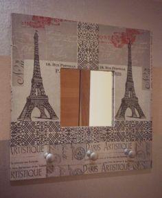 TUTORIAL----Petits Calins: DIY: Transformando espejo MALMA en un bonito cuelga-llaves. Paris, T Rex, Building, Ikea, Diy, Frame Mirrors, Bonito, Artist, Montmartre Paris