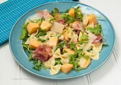 Pasta-Salad-with-melon-and-prosciutto