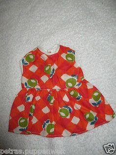 huebsches-altes-kleines-Kleidchen-Kopftuch-450L