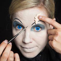 Broken Doll Face Make-Up Kit | Doll face, Costumes and Halloween ...