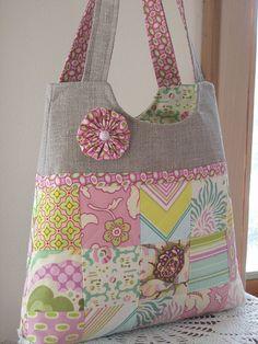 Simplicity Essential Patchwork Bag by antiquebasketlady, via Flickr