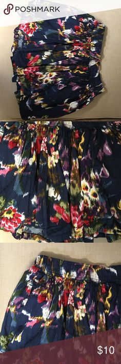 Abercrombie skirt Abercrombie floral skirt awesome condition Abercrombie & Fitch Skirts Mini