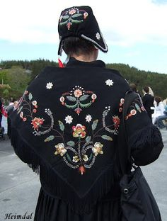 """Norwegian """"bunad"""" hand embroidered and proudly worn at special events Folk Costume, Costumes, Holland, Folk Clothing, Scandinavian Countries, Lovely Things, Denmark, Switzerland, Norway"""