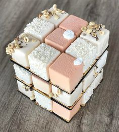 "7,945 mentions J'aime, 69 commentaires - Tartalette (@kseniaborilko) sur Instagram : ""Candy bar details wedding Cubic Rubik мы стараемся, чтобы наши кенди бары были самыми модными,…"""