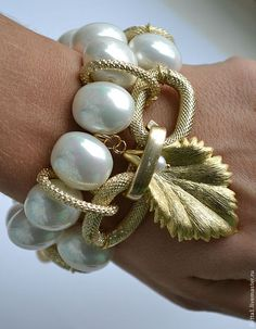 Jewelry Making Pulsera Mañana Londres dorar la Perla (Mallorca). I Love Jewelry, Wire Jewelry, Beaded Jewelry, Jewelry Bracelets, Handmade Jewelry, Jewelry Design, Jewelry Making, Unique Jewelry, Bridesmaid Jewelry