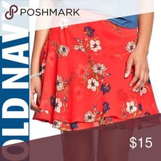 💐Old Navy- Size14/ Red Floral chiffon skirt. 💐Old Navy- Size14/ Red Crinkle Floral chiffon skirt. Perfect condition with zipper enclosure. Perfect for spring and summer. Old Navy Skirts