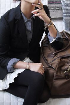 Fall, Winter travel... Love the layering and opaque tights.
