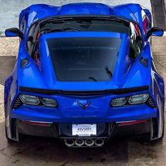 Blue ! #Ferrari458 #bugatti #veyron #vitesse #lafinale #automotive #supercar #hypercar #ferrari #mclaren #porsche #…