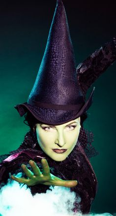 Willemijn Verkaik as Elphaba.    http://youtu.be/TJ293jQGtlc