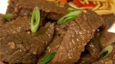 Mongolian Beef from the Slow Cooker. Whether you freeze this mixture of beef and carrots in a sweet-and-savory Asian-style sauce or put it straight into the slow cooker, it's easy and delicious! Slow Cooker Freezer Meals, Crockpot Dishes, Crock Pot Slow Cooker, Crock Pot Cooking, Beef Dishes, Slow Cooker Recipes, Food Dishes, Crockpot Recipes, Cooking Recipes