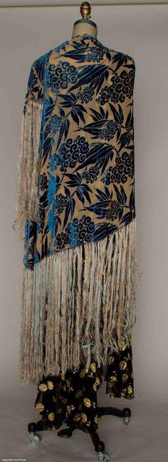 Deco Cut Velvet Shawl - 1930's - @Mlle