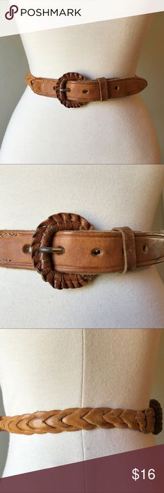 "Vintage Tan Leather Woven Belt A great basic belt in perfectly worn in tan vintage leather. The buckle is covered in leather. Labeled as a size S. Please see pic for length reference. Best for sizes 26.5-28.5"". In very good vintage condition. There is some overall wear but the leather is super soft.   ✅ Offers  ✅ Bundle discounts  ❌ Trades Vintage Accessories Belts"