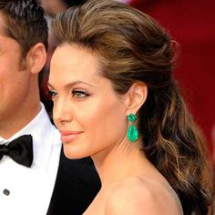 Angelina Jolie Red carpet hair