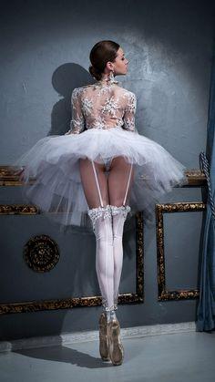 tutu upskirt Ballerina