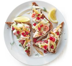 """I saw this in """"Scandi smoked mackerel on rye"""" in June 2015 Your new Summer healthy. Bbc Good Food Recipes, New Recipes, Yummy Food, Healthy Recipes, Healthy Eats, Fish Recipes, Lunch Recipes, Sandwich Recipes, Smoked Mackerel"""
