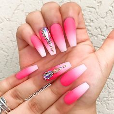 Homecoming nails are not to be left out when it comes to such an occasion. Check out our collection of beautiful nail designs!