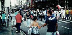 Estudantes fecham Conde da Boa Vista por 2 horas durante protesto  Publicado em 09.01.2013, às 18h09    Estudantes fizeram na tarde desta quarta-feira (9) um novo protesto contra o aumento de 5,53% das passagens de ônibus do Grande Recife. A manifestação ocorreu na Avenida Conde da Boa Vista.    Carros da Companha de Trânsito e Transporte Urbano (CTTU) acompanharam a passeata, que ficou por cerca de duas horas na avenida. Os ônibus tiveram que desviar por vias paralelas à Conde.    O…
