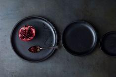 Plate 140(Black) φ140 H20mm ¥1,900 Plate 200(Black) φ200 H20mm ¥3,000 Plate 260(Black) φ260 H20mm ¥5,900
