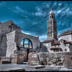 Holidays in Split Croatia, day trips, beaches, history and weather Croatia Tourism, Croatia Travel, Italy Travel, Italy Trip, Places Around The World, Around The Worlds, Visit Croatia, Walled City, Dubrovnik Croatia