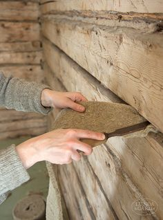 Log Wall, Self Build Houses, Restoration Shop, Swedish House, Wooden House, Scandinavian Home, Easy Diy Crafts, Log Homes, Home Interior