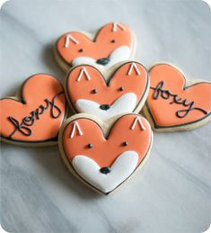 fox cookies made from a heart cookie cutter : post has decorating tutorial and recipes from bridget edwards bake at 350 Summer Cookies, Fall Cookies, Valentine Cookies, Cut Out Cookies, Easter Cookies, Birthday Cookies, Christmas Cookies, Valentines, Macaroons Christmas