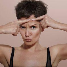 Unreine oder sogar entzündete Haut sind für die Betroffenen unschön und können richtig stören. Aber jetzt darf sich gefreut werden: Denn laut Studie altert unreine Haut langsamer.
