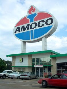 World's Largest Amoco Sign - St. Louis   Flickr - Photo Sharing!