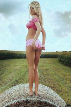 Very hot babes's butt.