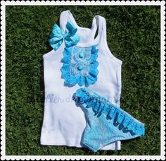 Conjunto baño para niña Baby Swimsuit, Sewing For Kids, Kids Wear, Athletic Tank Tops, Sewing Projects, Onesies, Kids Fashion, Girls Dresses, Swimsuits